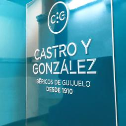 CASTRO Y GONZALEZ